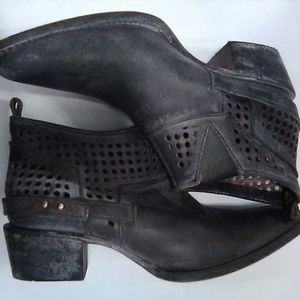 Corral Distressed Gray Booties SZ 6 1/2 M
